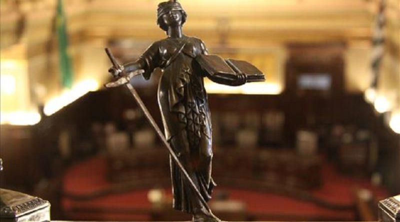 Homem indenizará ex-esposa que pagou sozinha dívida depois do divórcio